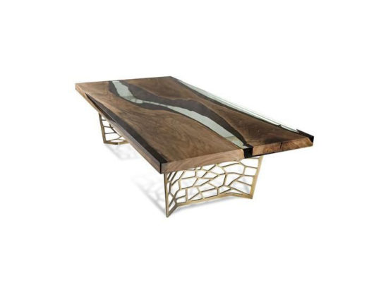 Lubov dining table